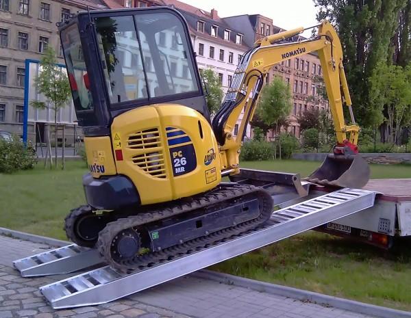 Auffahrrampen | 3,8 m lang | bis 6.300 kg Tragkraft